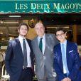 Le Vicomte Jean d'Indy et ses fils lors du déjeuner Père & Fils, mardi 24 juin 2014, aux Deux Magots à Paris.