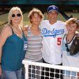 Rob Lowe, sa femme Sheryl et leurs enfants Edward et Johnny à Los Angeles, le 25 juillet 2009.