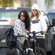 Michelle Rodriguez et Cara Delevingne vont dîner à Venice, Los Angeles, le 14 janvier 2014