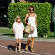 Denise Richards et sa fille Lola font du shopping à Malibu, le 10 juillet 2014.