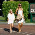 Denise Richards avec sa fille Lola dans les rues de Los Angeles, le 10 juillet 2014.