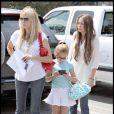 Miley Cyrus, sa mère et sa soeur
