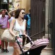 """""""Tamara Ecclestone et son époux Jay Rutland avec leur fille Sophia dans les rues de Saint-Tropez, le 20 juillet 2014"""""""