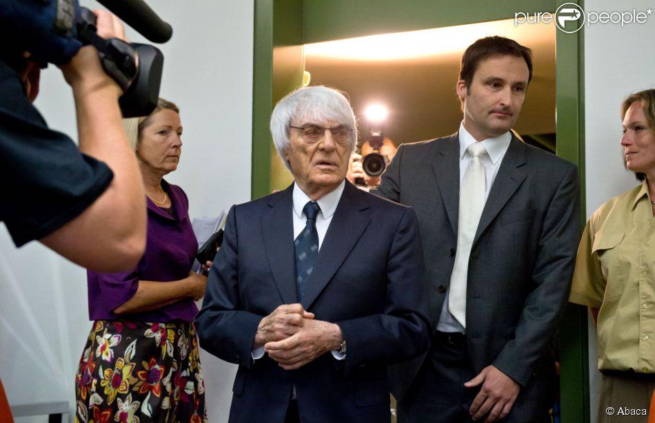 Bernie Ecclestone et son avocat Norbert Scharf au palais de justice de Munich, le 5 août 2014.