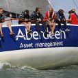 Pippa Middleton à bord avec l'équipage UKSA lors de l'Aberdeen Asset Management Cowes Week le 3 août 2014 au large de l'île de Wight.