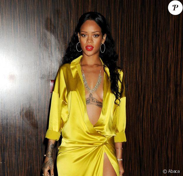 Rihanna ne se refuse rien, surtout pas un tatouage