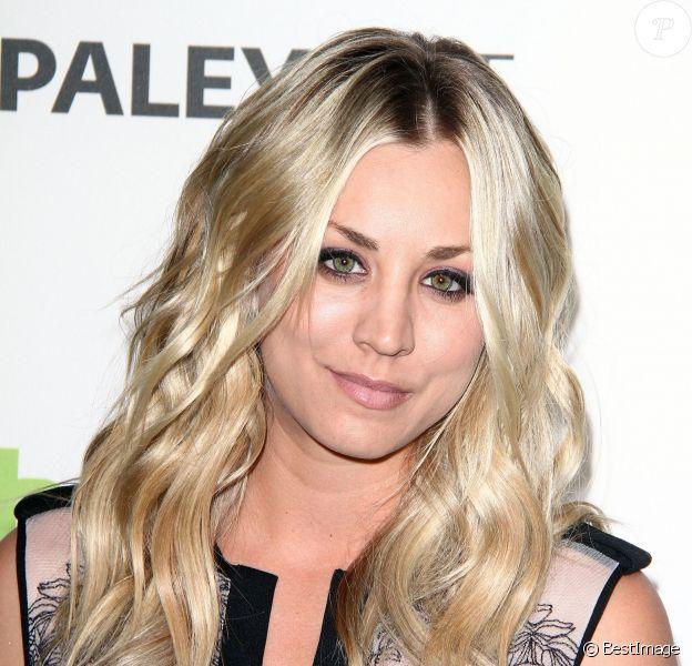 "Kaley Cuoco à la soirée ""Big Bang Theory"" à Beverly Hills, le 13 mars 2013."