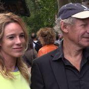 Géraldine Danon et Jean-Pierre Marielle détendus en Forêt avec leurs moitiés
