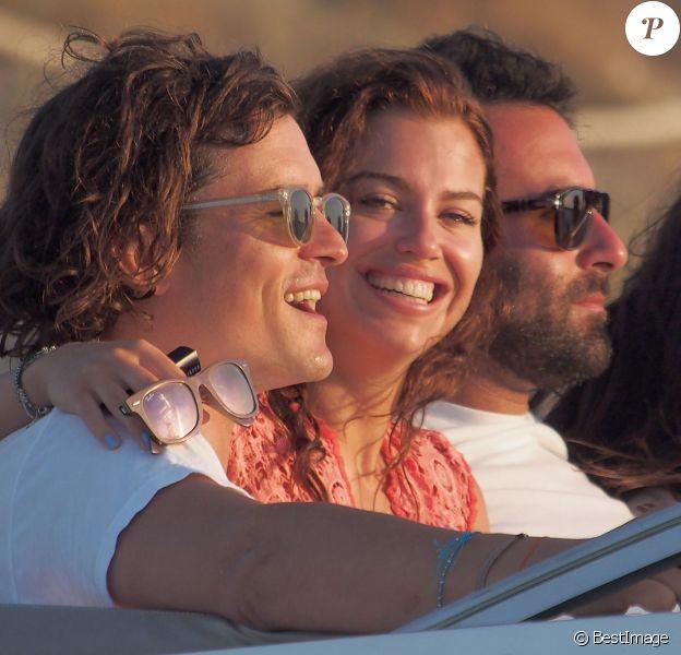 Orlando Bloom en vacances avec Erica Packer à Formentera, le 30 juillet 2014.