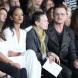 """""""Rihanna, Laurie Anderson, Bono, Ali Hewson et leur fille Jordan assistent au défilé EDUN printemps-été 2015 à New York. Le 7 septembre 2014."""""""
