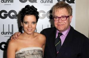 VIDEO : Lily Allen insulte Elton John en public ! La réponse est pas mal non plus...