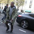 Kanye West de retour à l'hôtel Royal Monceau à Paris. Le 25 septembre 2014.