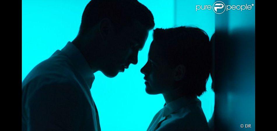 Première image officielle du film Equals, avec Kristen Stewart et Nicholas Hoult.