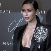 Kim Kardashian, Selena Gomez... Bal des décolletés pour Carine Roitfeld