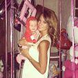 Jade Foret, avec sa fille Mila, a célébré son 24e anniversaire entourée des siens, le 26 spetembre 2014.