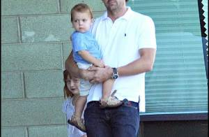 PHOTOS : Patrick Dempsey, papa poule, mais papa sexy !