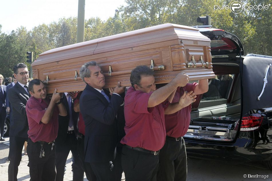 Obsèques de l'ancien ministre de l'économie espagnol Miguel Boyer, le mari d'Isabel Preysler, à Madrid le 30 septembre 2014