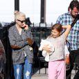 Michelle Williams et sa fille Matilda à New York, le 6 octobre 2014.