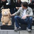 """Mark Wahlberg sur le tournage de """"Ted 2"""" à New York, le 7 octobre 2014"""