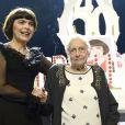 Mireille Mathieu a fêté ses 50 ans de carrière sur la scène de l'Olympia, en compagnie de sa mère Marcelle-Sophie Poirier, le vendredi 24 octobre 2014.