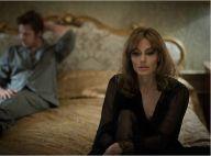 Angelina Jolie, blonde et rétro face à un mari réconfortant