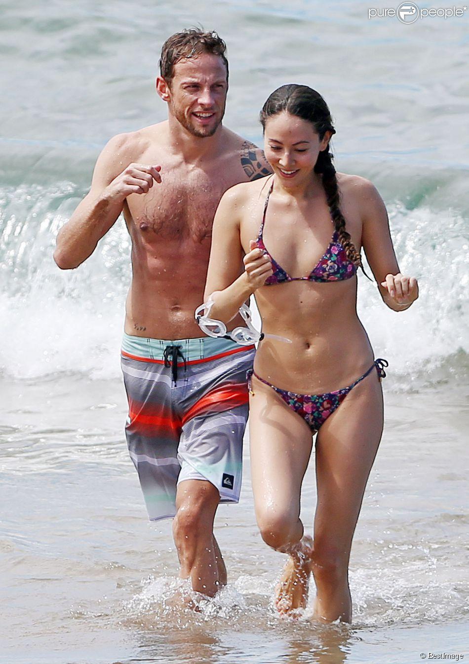 Jenson Button et sa belle fiancée Jessica Michibata lors de leurs vacances amoureuses sur l'île de Maui à Hawaï, le 20 octobre 2014