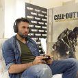 Salvatore Sirigu concentré à la soirée de lancement de Call of Duty : Advances Warfare, le 3 novembre 2014 à Paris