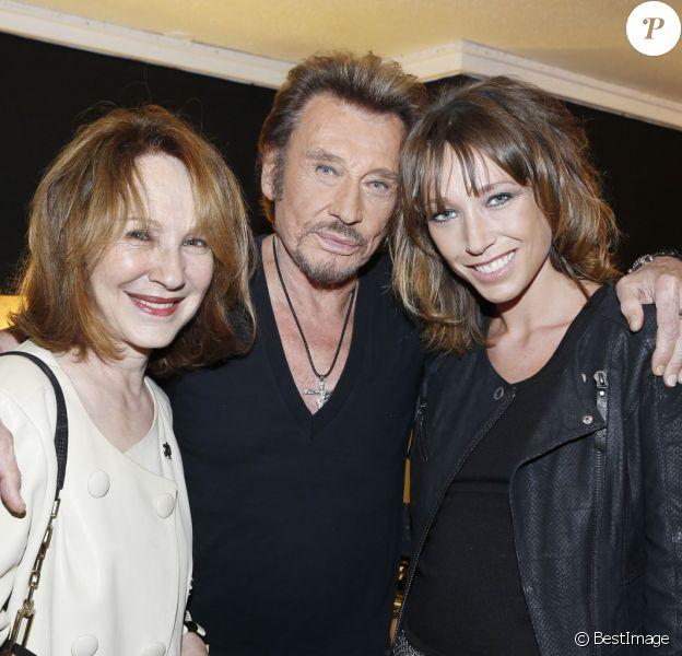 Exclusif - Nathalie Baye et Laura Smet avec le rockeur Johnny Hallyday au POPB de Bercy, le 15 juin 2013.