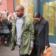 Kanye West et Kim Kardashian quittent leur appartement dans le quartier de SoHo. New York, le 6 novembre 2014.