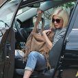 Tori Spelling en voiture à Los Angeles, le 17 octobre 2014.