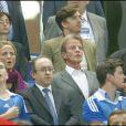 Bernard Kouchner au Stade de France pour la victoire de la France face à la Serbie
