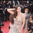 Evangeline Lilly en robe du soir au décolleté vertigineux, une vraie beauté...