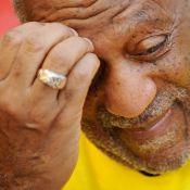 Bill Cosby sort du silence alors que les accusations de viols se multiplient