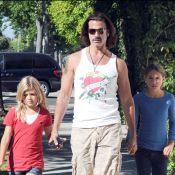Lorenzo Lamas met KO son ex-femme Shauna Sand, leurs filles soulagées