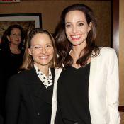 Angelina Jolie : À la cool avec Jodie Foster, ultragénéreuse avec ses fans