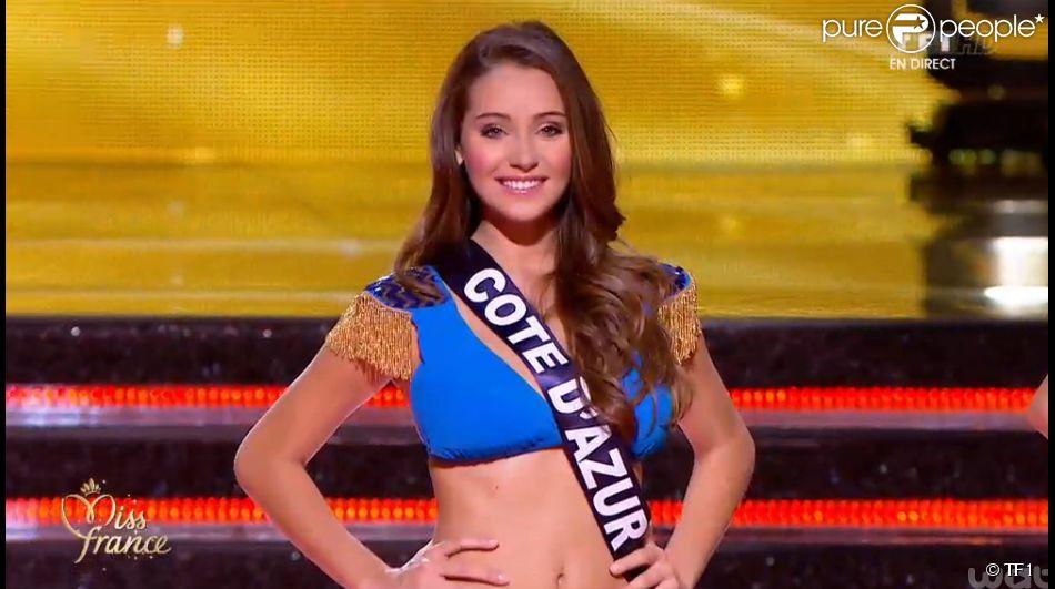 1670833-les-5-miss-finalistes-lors-de-la