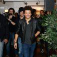 """Kev Adams en séance de dédicaces à la Fnac des Ternes pour faire la promotion de la sortie DVD de son nouveau spectacle """"Voilà Voilà"""" à Paris, le 5 novembre 2014"""