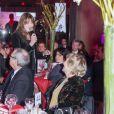 Carla Bruni et sa mère Marisa Borini - Dîner LINK pour les 30 ans de AIDES au Palais d'Iéna à Paris le 8 décembre 2014. LINK est un fonds de dotation créé par des femmes et des hommes, dirigeants de tous horizons qui ont choisi de se rassembler pour que soit gagnée la bataille contre le sida. Lors du dîner, Carla Bruni à donné un concert très émouvant.