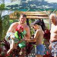 Anna Faris et son mari Chris Pratt avec leur fils de 2 ans, Jack, à Hawaii, le 2 décembre 2014.