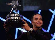 Lewis Hamilton : Honoré devant son compagnon poilu et un prince Harry ému