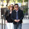 Charlie Sheen et sa future femme Brett Rossi ont fait du shopping en amoureux à Paris, le 17 avril 2014.
