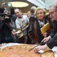 Bernadette Chirac - Lancement de l'Opération Pièces Jaunes au Centre Hospitalier Intercommunal de Robert Ballanger à Aulnay-Sous-Bois le 7 janvier 2015.