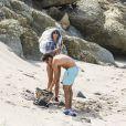 Exclusif - Heidi Klum et son compagnon Vito Schnabel, très complices, s'amusent sur la plage de Colombier à Saint-Barthélemy, le 4 janvier 2015.