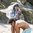 Exclusif - Vito Schnabel et Heidi Klum, très complices, s'amusent sur la plage de Colombier à Saint-Barthélemy, le 4 janvier 2015.