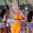 """La chanteuse Iggy Azalea chante pendant l'émission """"Today"""" au Rockefeller Plaza à New York, le 8 août 2014."""