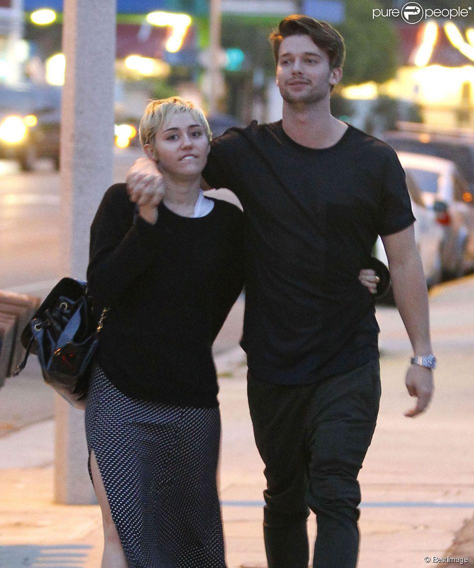 Exclusif , Miley Cyrus et son petit,ami Patrick Schwarzenegger se  prom\u0026egrave;nent avec