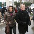 Christine Ockrent et Bernard Kouchner lors de l'inhumation de Georges Wolinski au cimetière du Montparnasse à Paris le 15 janvier 2015
