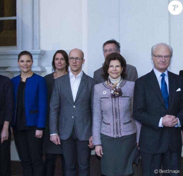 Le roi Carl XVI Gustaf, la reine Silvia et la princesse héritière Victoria de Suède recevaient des médecins suédois de retour de leur mission en Afrique contre le virus Ebola, le 13 janvier 2015