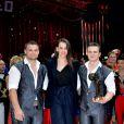 Pauline Ducruet remet l'un des Clowns de bronze au duo Silver Stones  lors de la soirée de gala du 39e Festival du cirque de Monte-Carlo, le 20 janvier 2015 sous le chapiteau de Fontvieille.