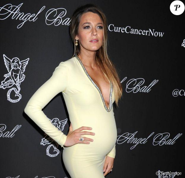 "Blake Lively (enceinte) - People au ""Angel Ball 2014"" à New York. Le 20 octobre 2014"